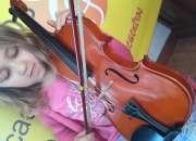 Profesora de Violin Escuela Suzuki Escuela Clasica y Contemporaneo