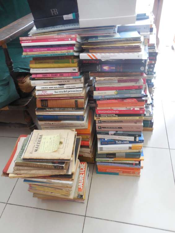 Compro libros usados whatsapp 1558805897