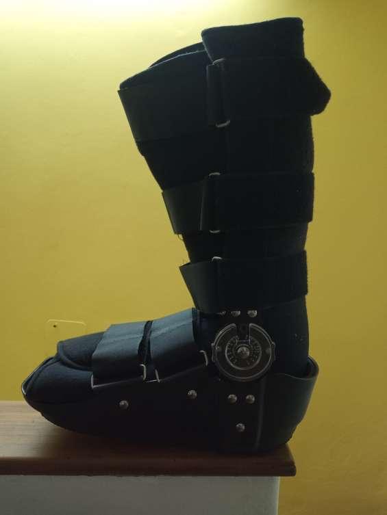 Bota walker ortopedica articulada regulable